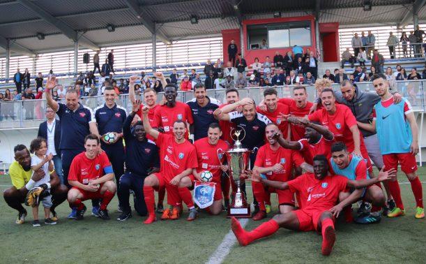 Le vierzon fc vainqueur de la coupe ligue centre val de loire de football - Coupe du centre football ...